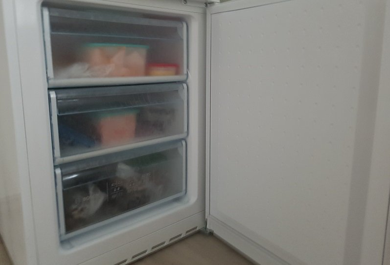 how to defrost a refrigerator